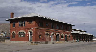 This El Paso & Southwestern freight house in El Paso, TX has seen a lot of different uses but now sits vacant waiting for a new owner.
