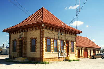 Trinity & Brazos Valley depot in Corsicana, TX.  Now used by the BNSF Railway.