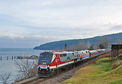 4.	 Fog still lingers over Lake Champlain as the Toys for Tots train departs Port Kent.