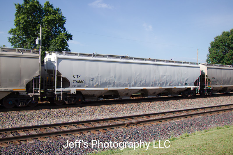 CIT Group/Capital Finance Incorporated 4-Bay Trinity 6351 cu. ft. Covered Hopper No. 701850