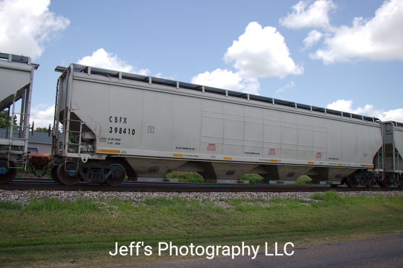 CIT Group/Capital Finance Incorporated 4-Bay Gunderson 6352 cu. ft. Covered Hopper No. 398410