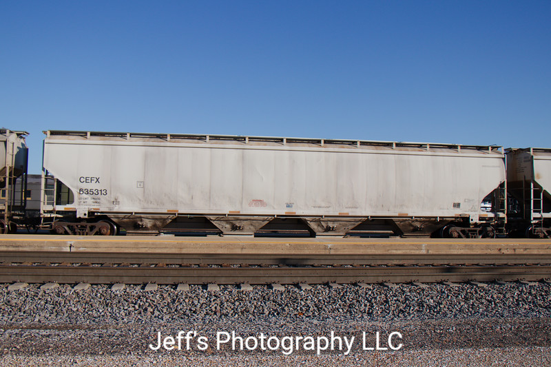 CIT Group/Capital Finance Incorporated 4-Bay Trinity 6351 cu. ft. Covered Hopper No. 635313