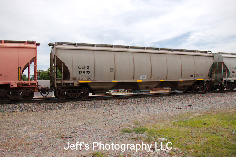 CIT Group/Capital Finance Incorporated 3-Bay Trinity 5161 cu. ft. Covered Hopper No. 12822