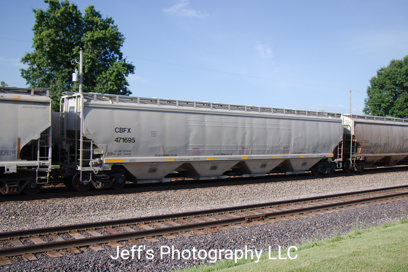 CIT Group/Capital Finance Incorporated 4-Bay Covered Hopper No. 471695