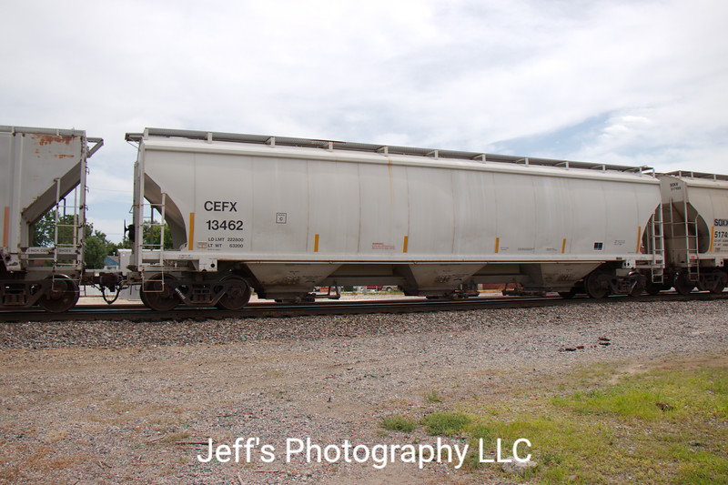 CIT Group/Capital Finance Incorporated 3-Bay Trinity 5161 cu. ft. Covered Hopper No. 13462