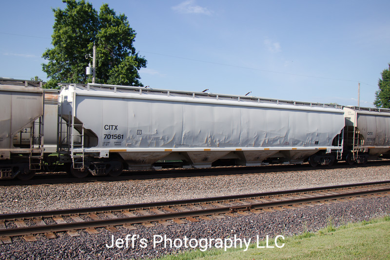 CIT Group/Capital Finance Incorporated 4-Bay Trinity 6351 cu. ft. Covered Hopper No. 701561