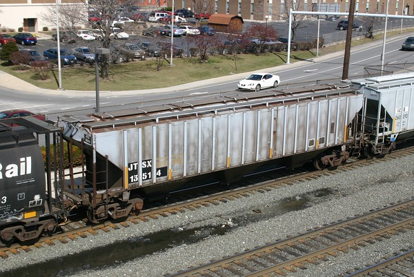 Joseph Transportation Incorporated 3-Bay PS 4750 cu. ft. Covered Hopper No. 13514