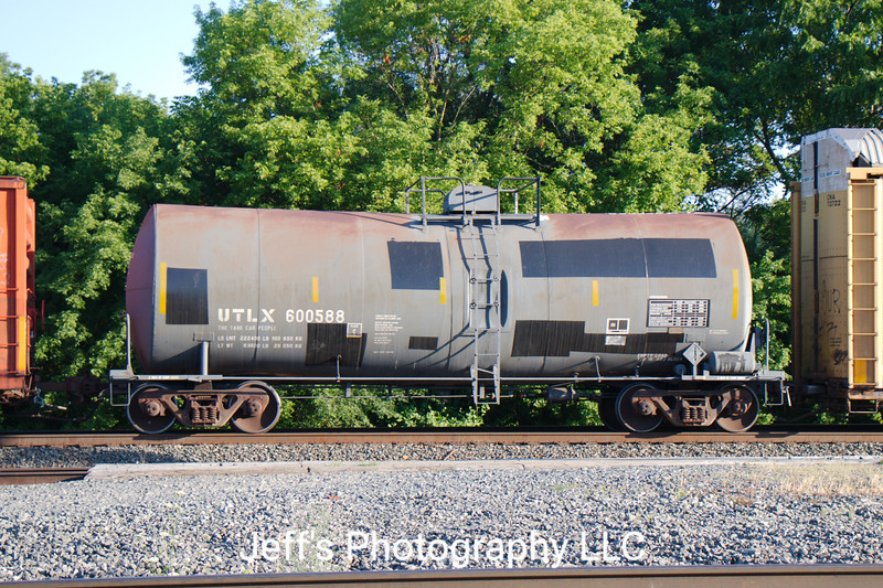 Union Tank Car Company 26,688 Gallon Tank Car No. 600588