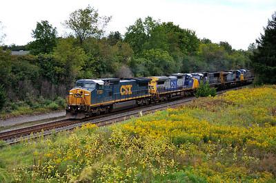 Q285 westbound Autorack with 6 locomotives at Centerport