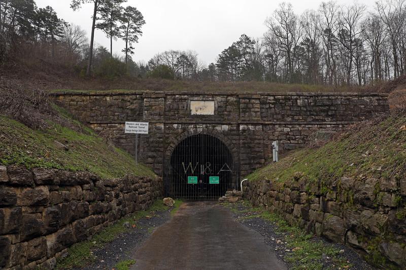 Chetoogeta Mountain Tunnel