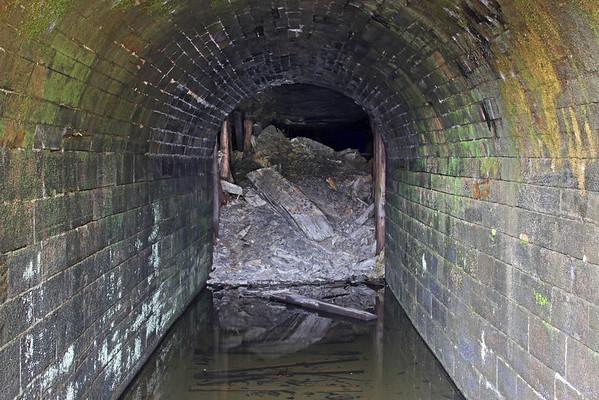 Lake Shore Railroad Tunnel (Oil City, PA)