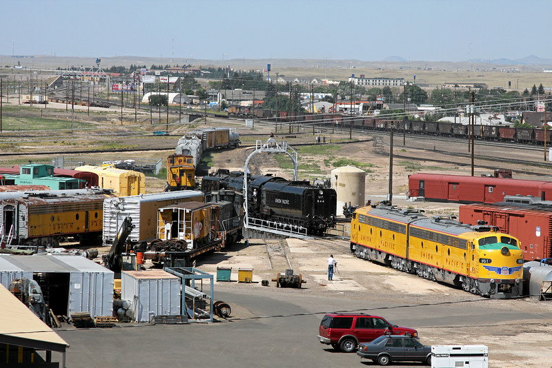 UP 844 is turned on the turntable in Cheyenne