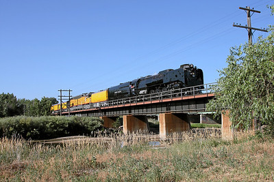 Northbound crossing the South Platte River into Evans, Colorado