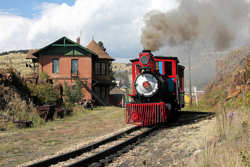 #2 departing Cripple Creek, with the 1895 Midland Terminal Depot at left