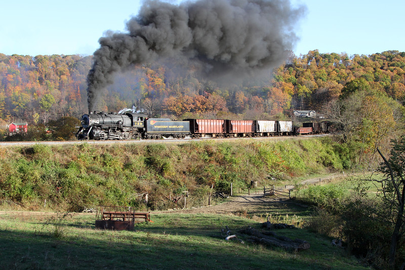 Corriganville, Maryland (Helmstetter's Curve) - October 2013