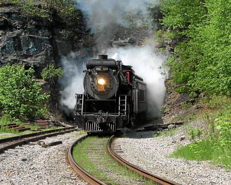 Scranton, Pennsylvania (Nay Aug Tunnel) - May 2006