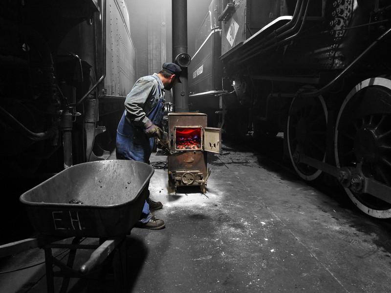 Strasburg, Pennsylvania (coal stove in enginehouse) - February 2013