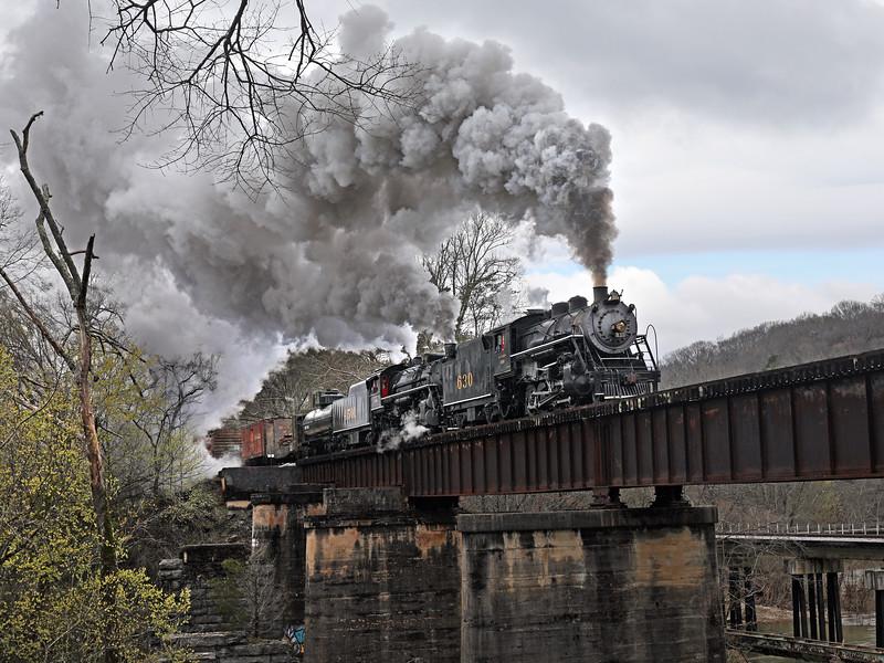 Chattanooga, Tennessee (Chickamauga Creek Bridge) - March 2018
