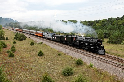 Milwaukee Road 261 northbound at Merrick State Park (Fountain City, WI)