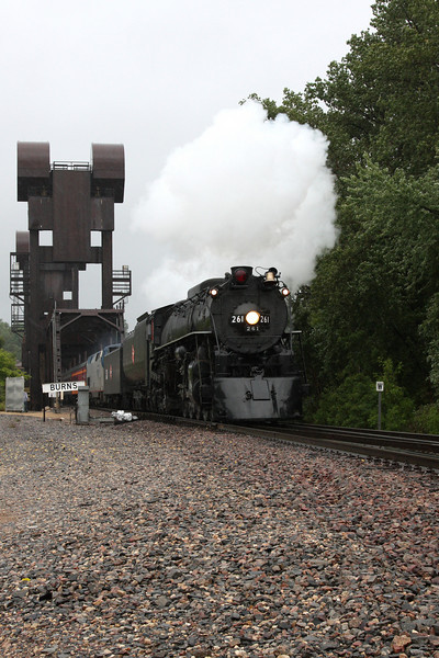 Milwaukee Road 261 northbound crossing the Mississippi River from Prescott, WI into Minnesota