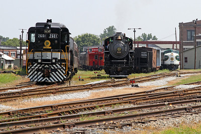 Southern GP30 #2601 (built 1963), Southern 2-8-0 #630 (1904), and Southern FP7 #6133 (1950) at NCTM