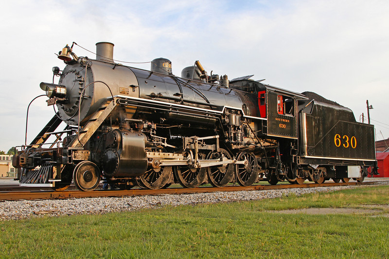 Southern 630 in Spencer on the evening before an excursion to Winston-Salem