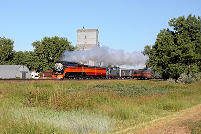 Southern Pacific Daylight 4449 at Dodson, Montana