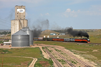 Southern Pacific Daylight 4449 at Shelby, Montana