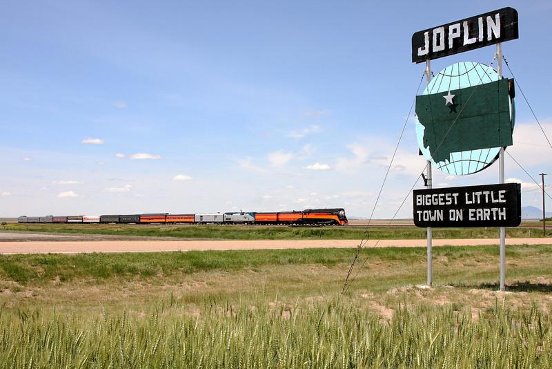 Southern Pacific Daylight 4449 at Joplin, Montana