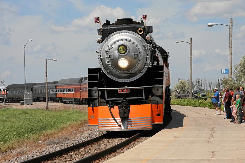 Southern Pacific Daylight 4449 at Grand Forks, North Dakota (Amtrak station)