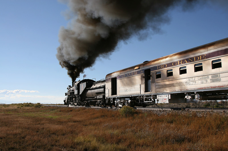 SP 1744 westbound between Blanca and Alamosa (September 2007)