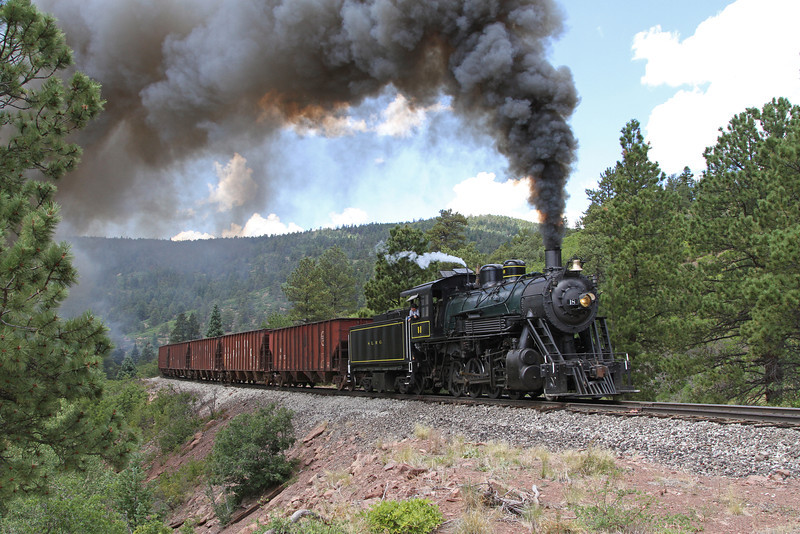LS&I #18 westbound at Red Rocks Cut, milepost 202.7 (August 2011)