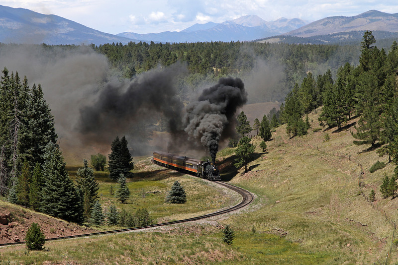LS&I #18 eastbound approaching Mule Shoe Loop and Fir (August 2011)