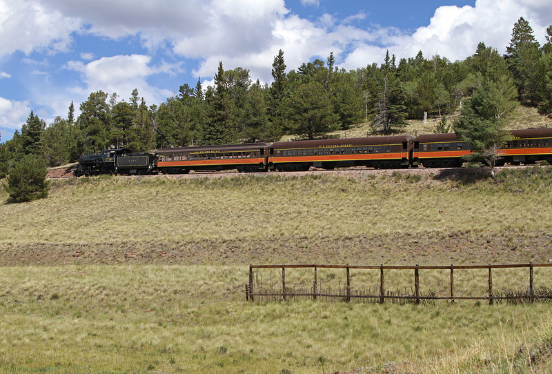LS&I #18 eastbound exiting Mule Shoe Loop, nearing Fir (August 2011)