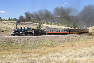 LS&I #18 passes the remains of a livestock loading pen at Mule Shoe Loop (September 2012)