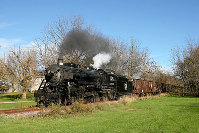 Soo Line 1003 heads west through Rolling Prairie, Wisconsin.