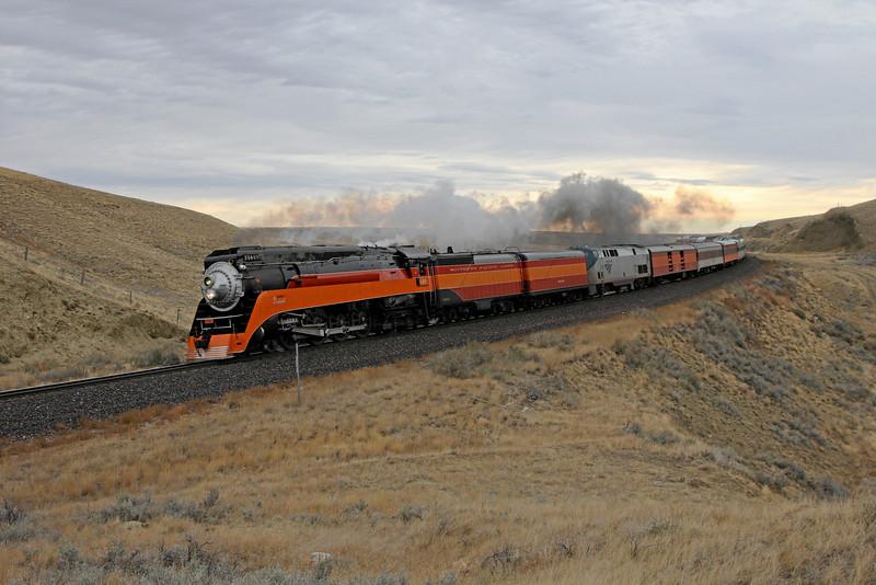 SP Daylight 4449 nearing Shelby, Montana