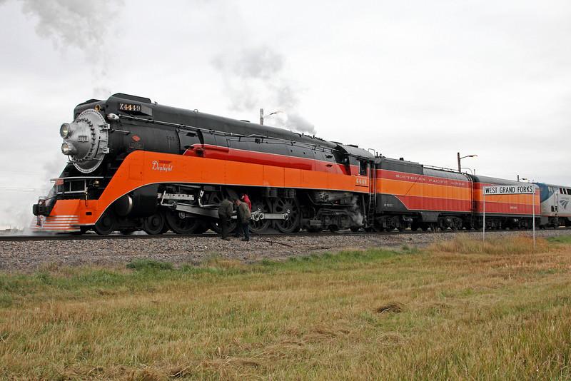 SP Daylight 4449 at Grand Forks, North Dakota