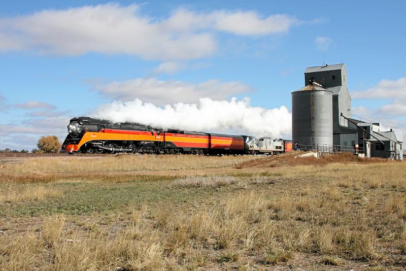 SP Daylight 4449 at Frazer, Montana