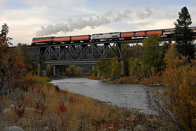 SP Daylight 4449 nears Spokane, Washington (Spokane River Bridge)