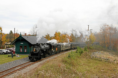 Steamtown excursion at Cresco Station - November 3, 2007