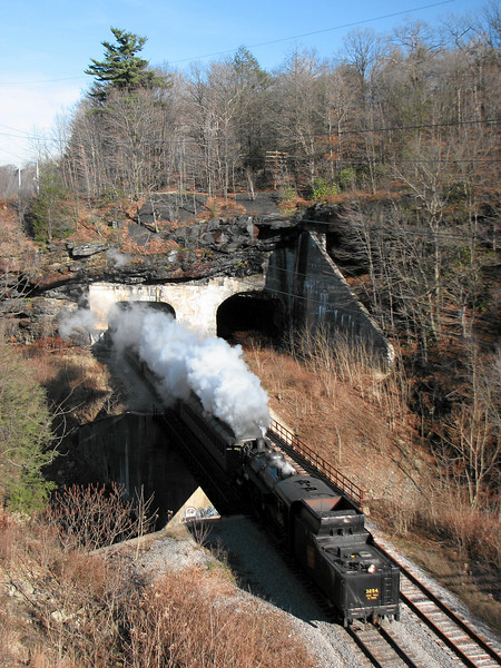 Steamtown excursion at Nay Aug Tunnel (Scranton) - November 25, 2006