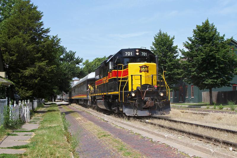 Iowa Interstate GP38-2 #701 at 5th & Myrtle Streets in Davenport, Iowa