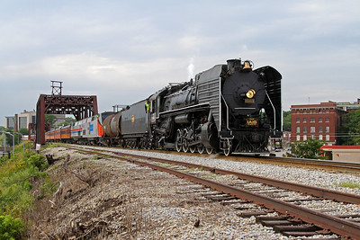 Iowa Interstate QJ 6988 in Davenport, Iowa, approaching the Government Bridge for return to Rock Island