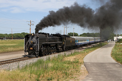 Iowa Interstate QJ 6988 approaches Rock Island, Illinois