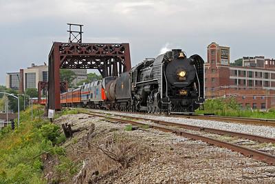 Iowa Interstate QJ 6988 in Davenport, Iowa, approaching the Government Bridge for return to Rock Island