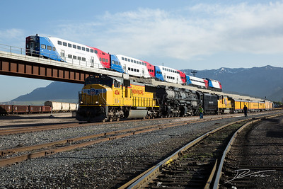 Railroads Past and Present. UP Big Boy 4014 and Salt Lake Frontrunner Lightrail