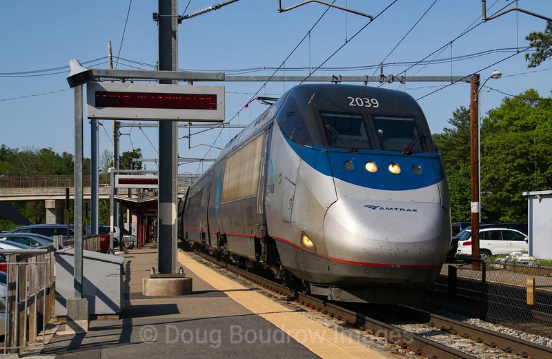 Amtrak Acela Express tears through Sharon Station, 5-24-18.