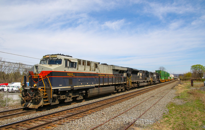 NS 211 with the Central of Georgia heritage units heads West through Macungie, 4-13-19.