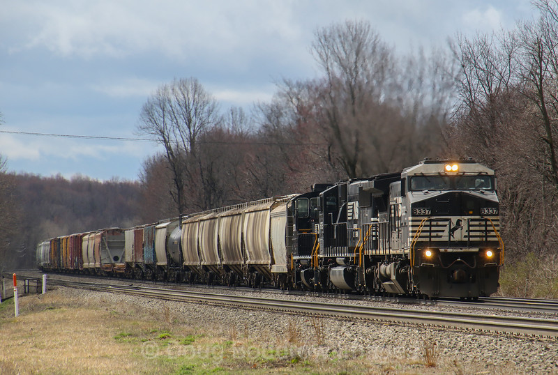 An Eastbound manifest passes Cresson, 4-4,17.